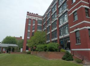 Bureaux Lille : Une seconde vie pour les bâtiments industriels ! L'immeuble de bureaux LT6 à Lille (59)
