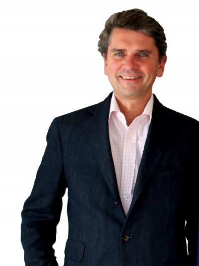 Entrepôt Lille : Interview d'Antoine Tostain dans Business Immo