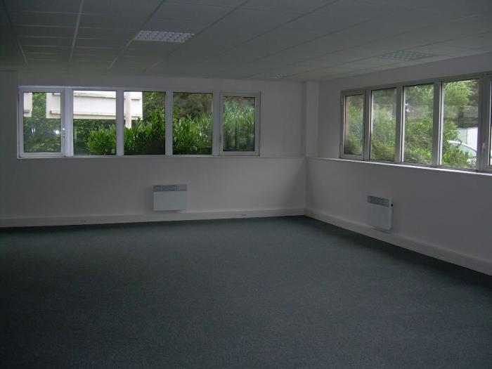location bureaux zone hellu lille lezennes biens immobiliers. Black Bedroom Furniture Sets. Home Design Ideas