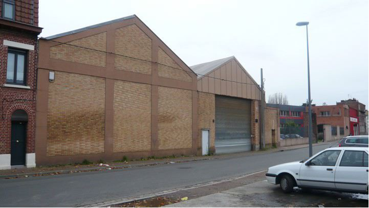 Location entrepot lille sud lille biens immobiliers for Garage lille sud