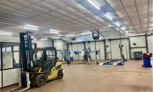 BATIMENT D'ACTIVITE - 2 600 m² - A LOUER - SECLIN  - ZONE INDUSTRIELLE