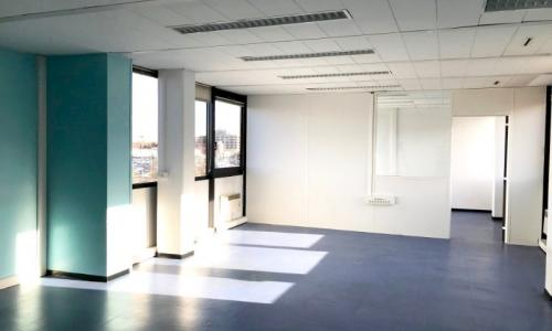 Location Bureaux Lille : Au coeur du centre commercial Auchan V2