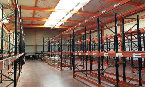 À vendre - Bâtiment de stockage et bureaux à Douai