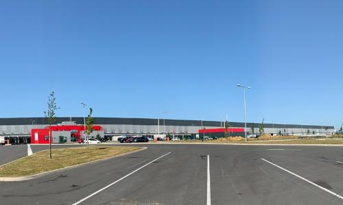 120 000 m2 d'entrepôt