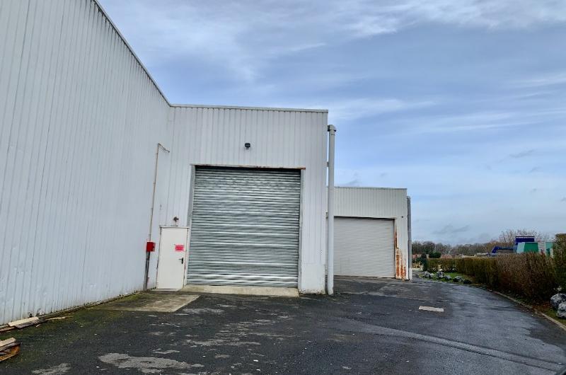 ENTREPOT D'ACTIVITE D'UNE SURFACE DE 930 m² A LOUER  - WATTIGNIES
