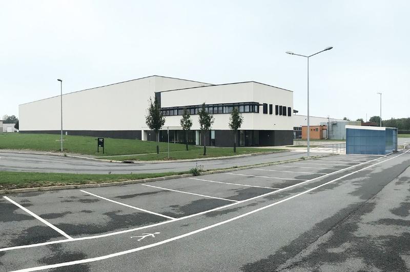 Vente exclusive entrepôt Arras